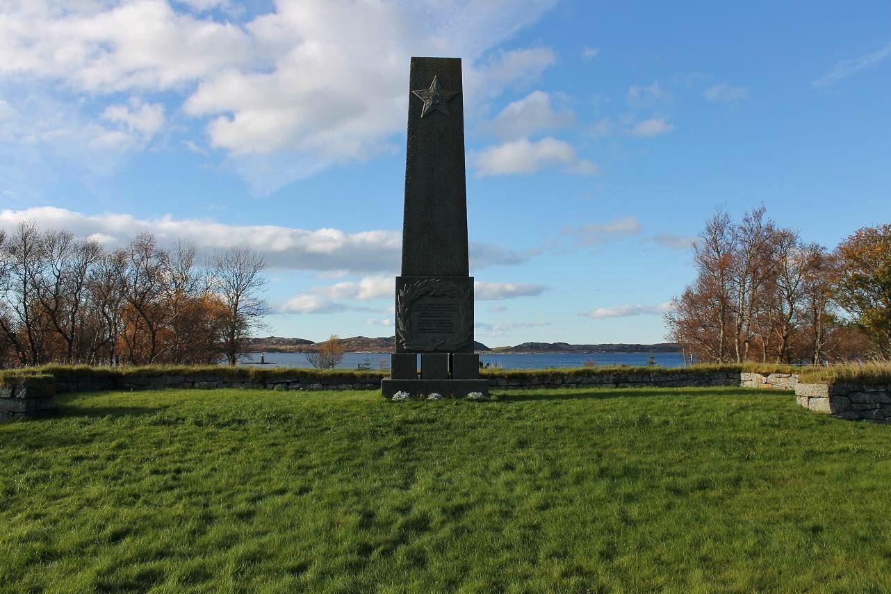 Krigskirkegårdene på Tjøtta