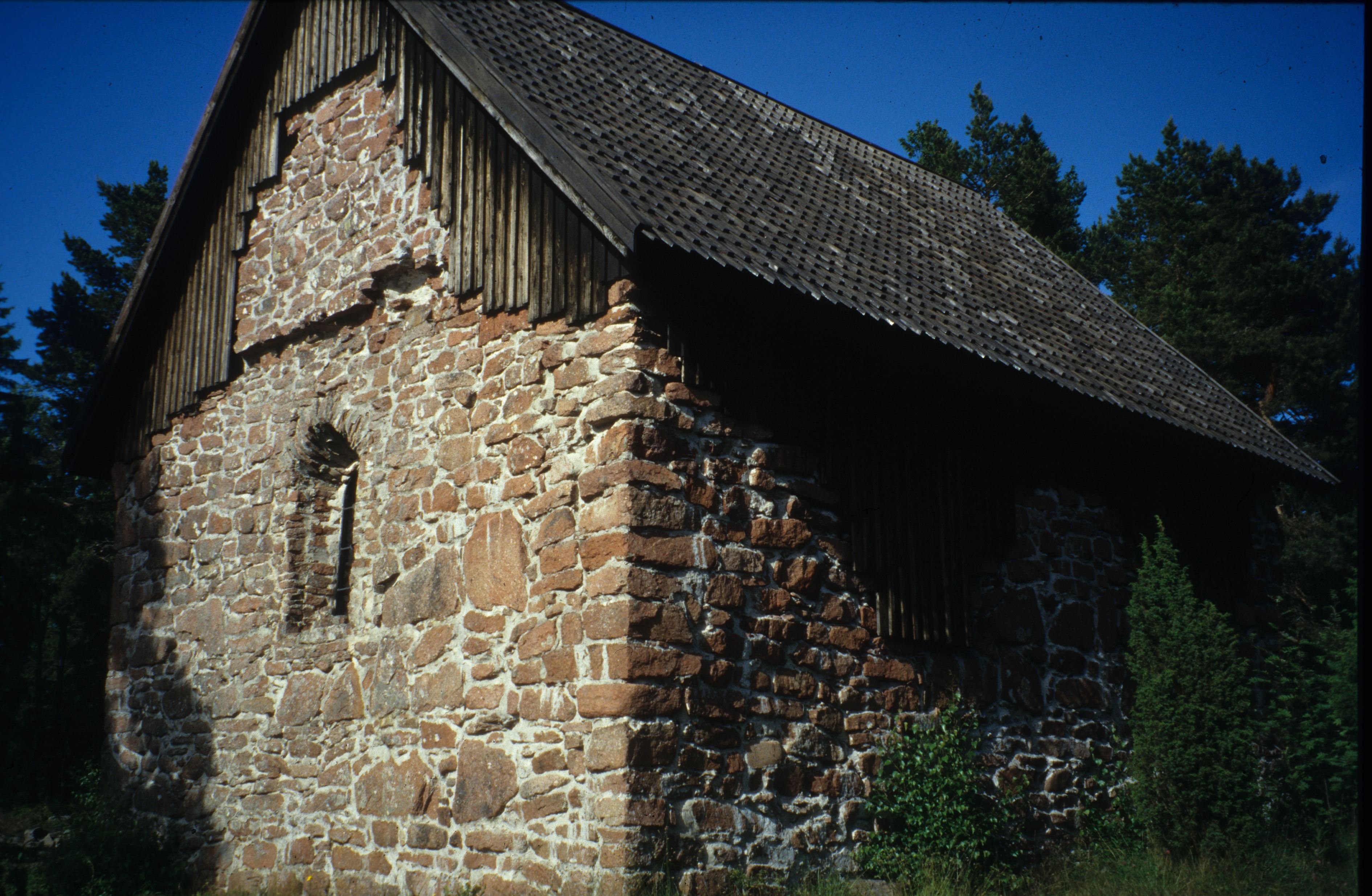 © kyrkor.ax, Lemböte kapellruin