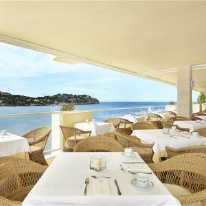 Restaurang med havsutsikt på Iberostar Suite Hotel Jardin del Sol, Santa Ponsa Mallorca