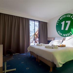 © hôtel 4 ours, HPH115 - Hôtel style « ski cosy » en pied de pistes