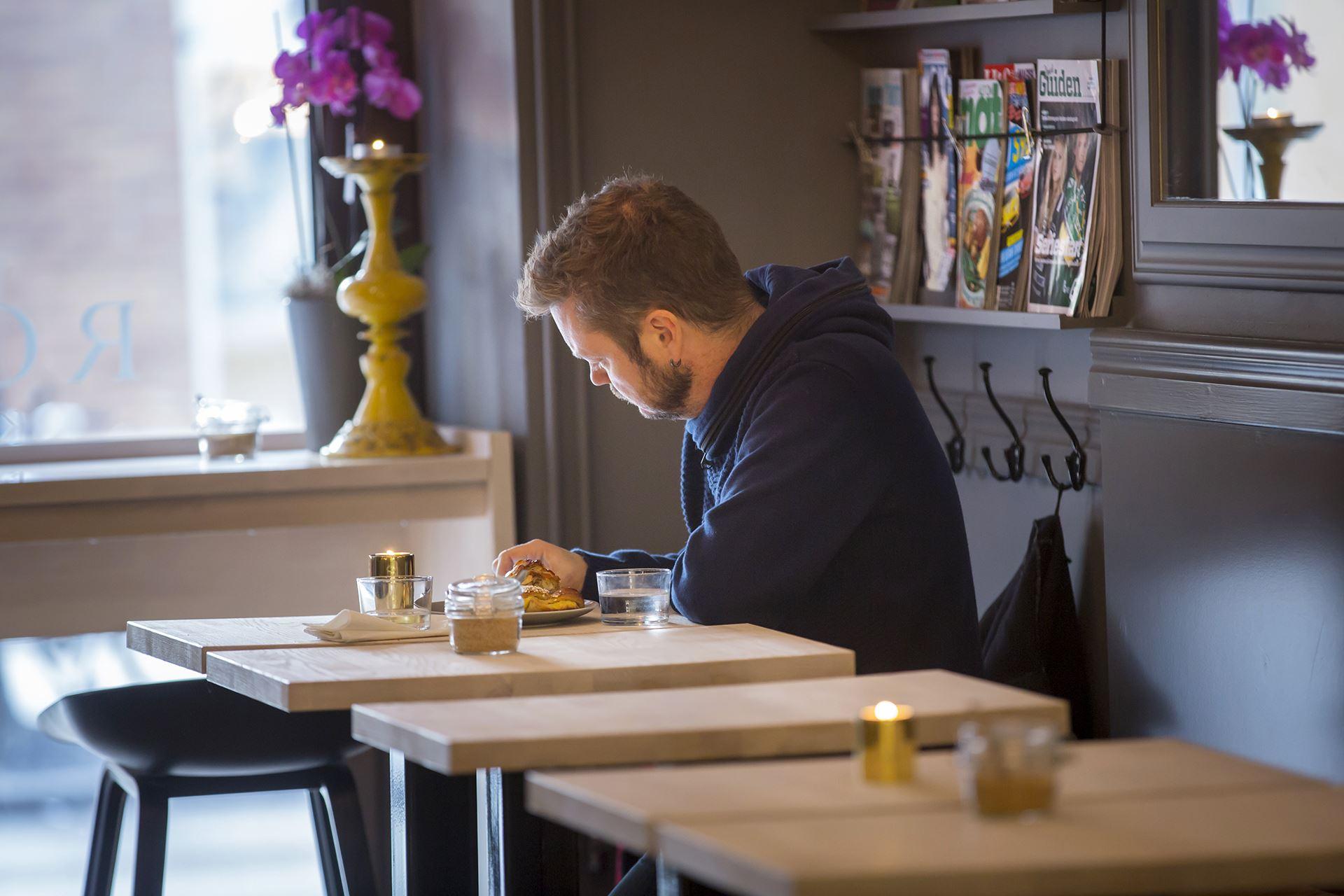 Johan Gunséus, Rost Kaffe