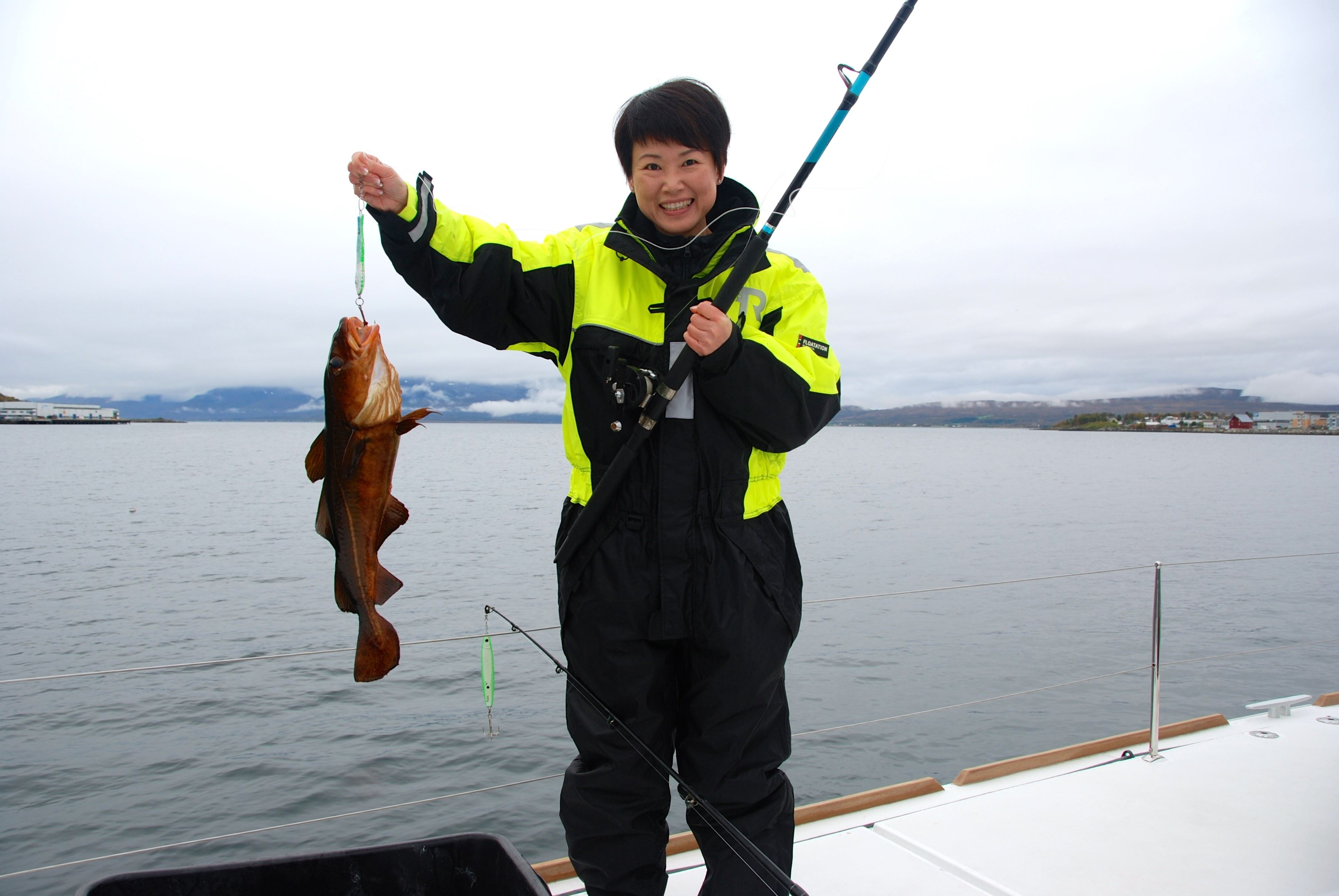 Fishing Trip with Self-Caught Fish for Lunch – Arctic Cruise in Norway
