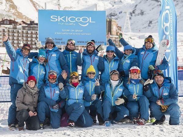 """ECOLE DE SKI """"SKI COOL"""" : Les cours collectifs de ski et snowboard Matin"""