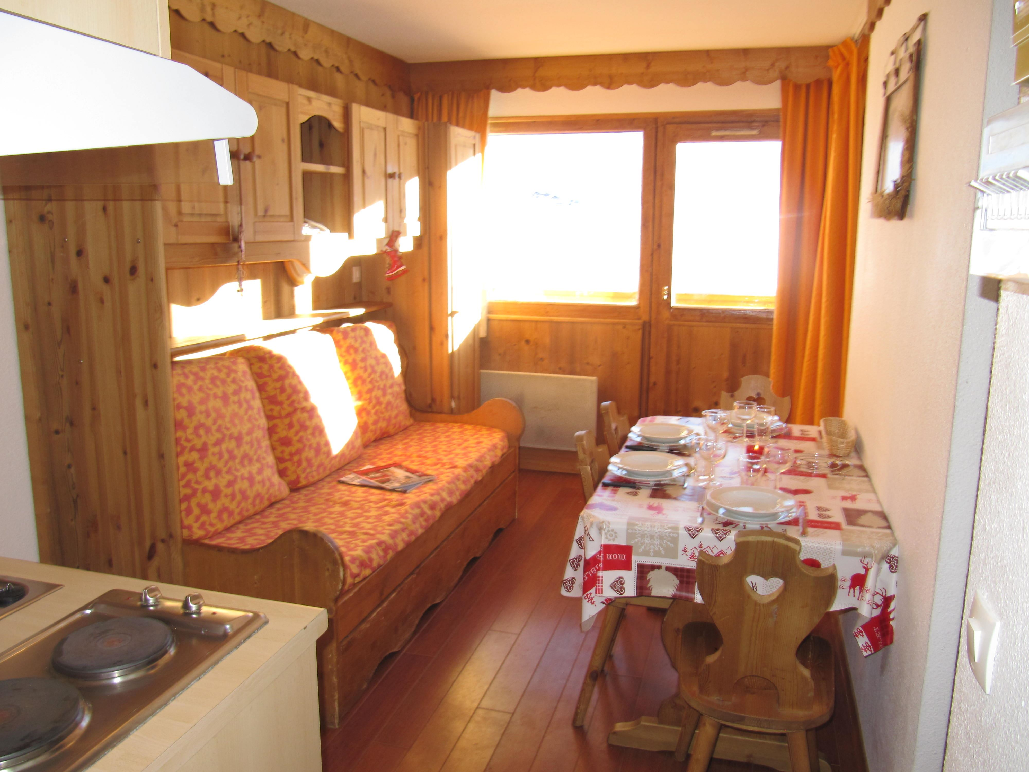Vanoise 455 > 2 Rooms + Cabin - 4 Persons - 2 Silver Snowflakes (MCI)