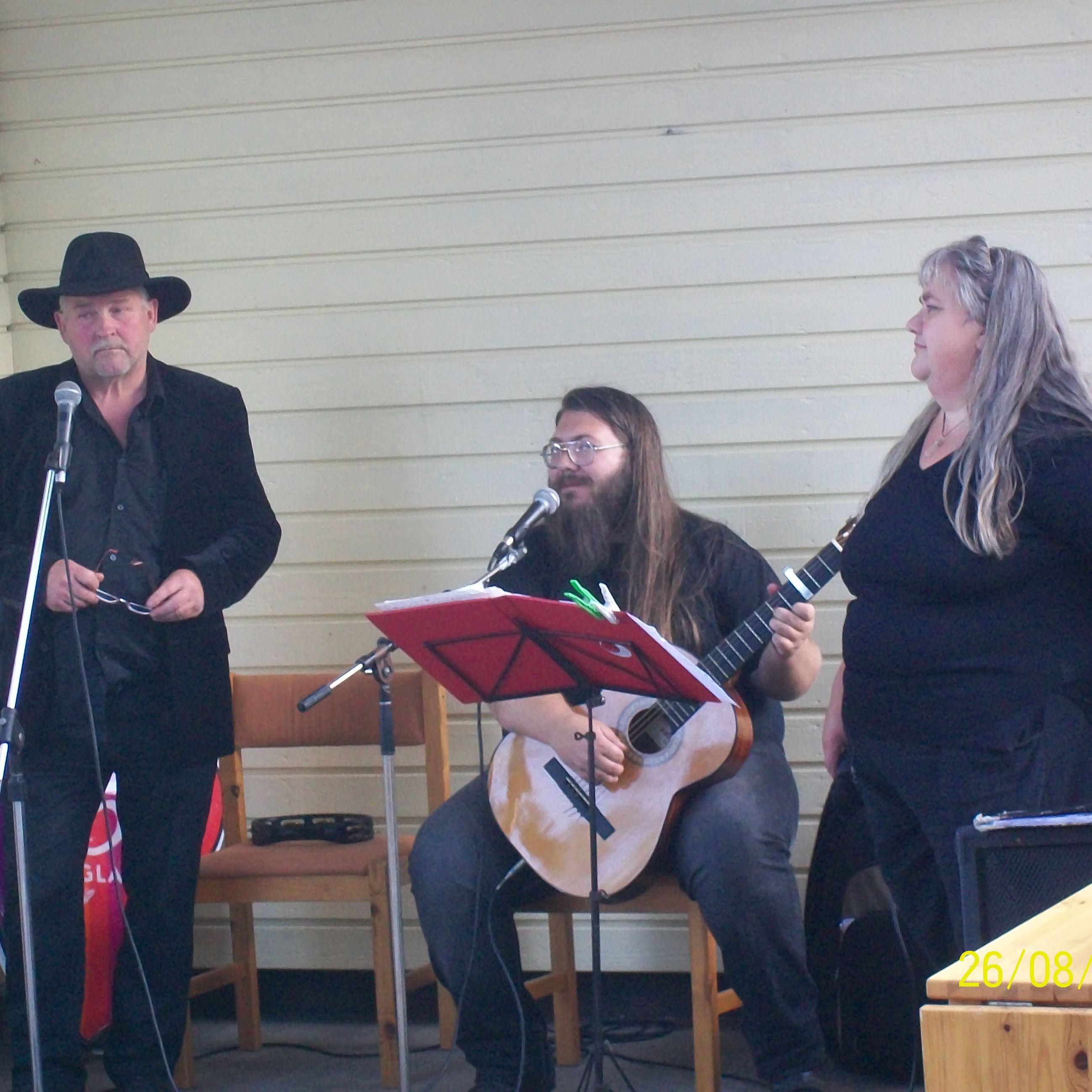 Musikcafé med Hjämmer & Eländhe