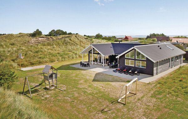 Nr. Lyngvig Strand - A4009