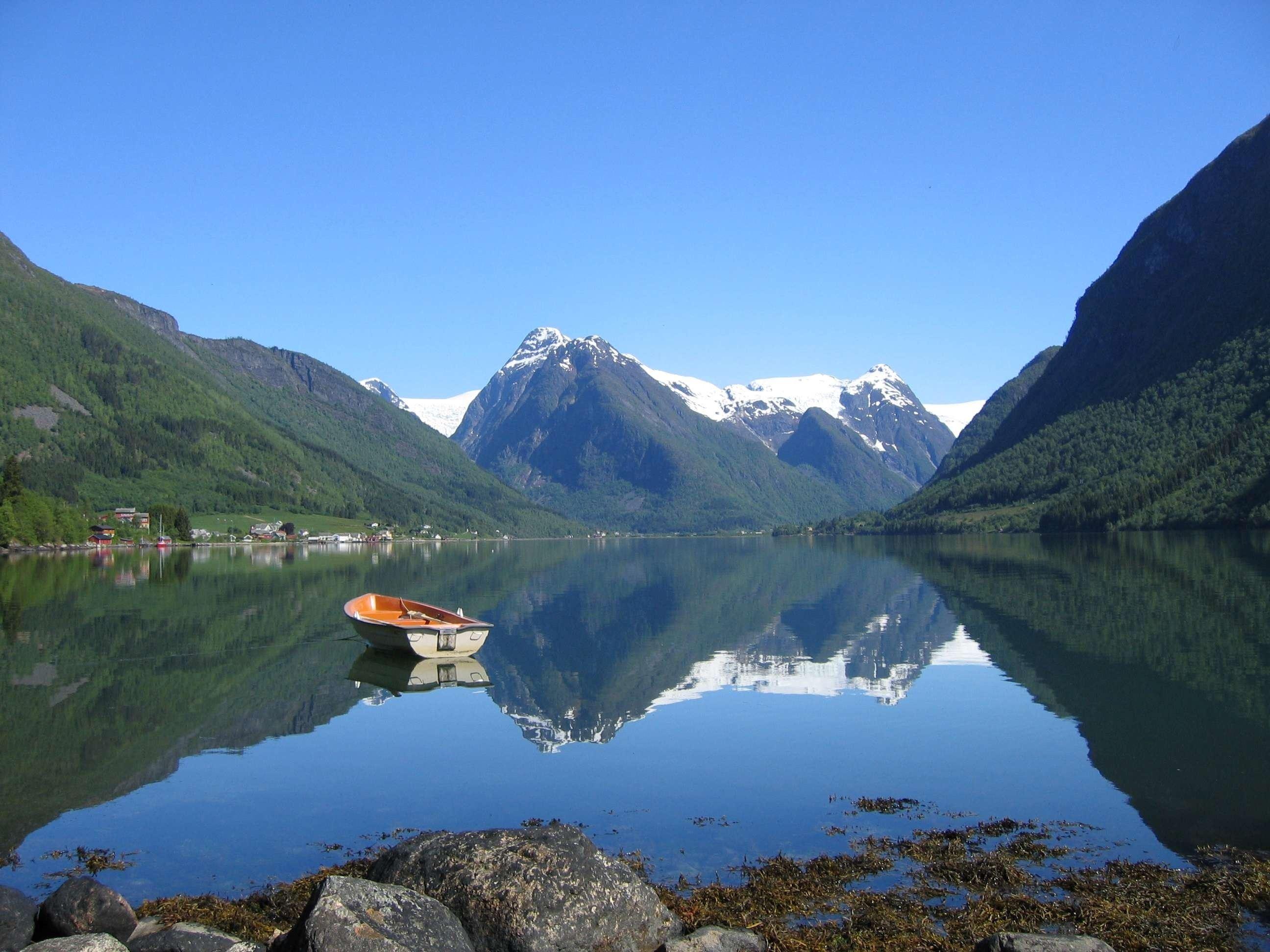 Finn Loftesnes, Fjord Cruise Fjærland half day excursion