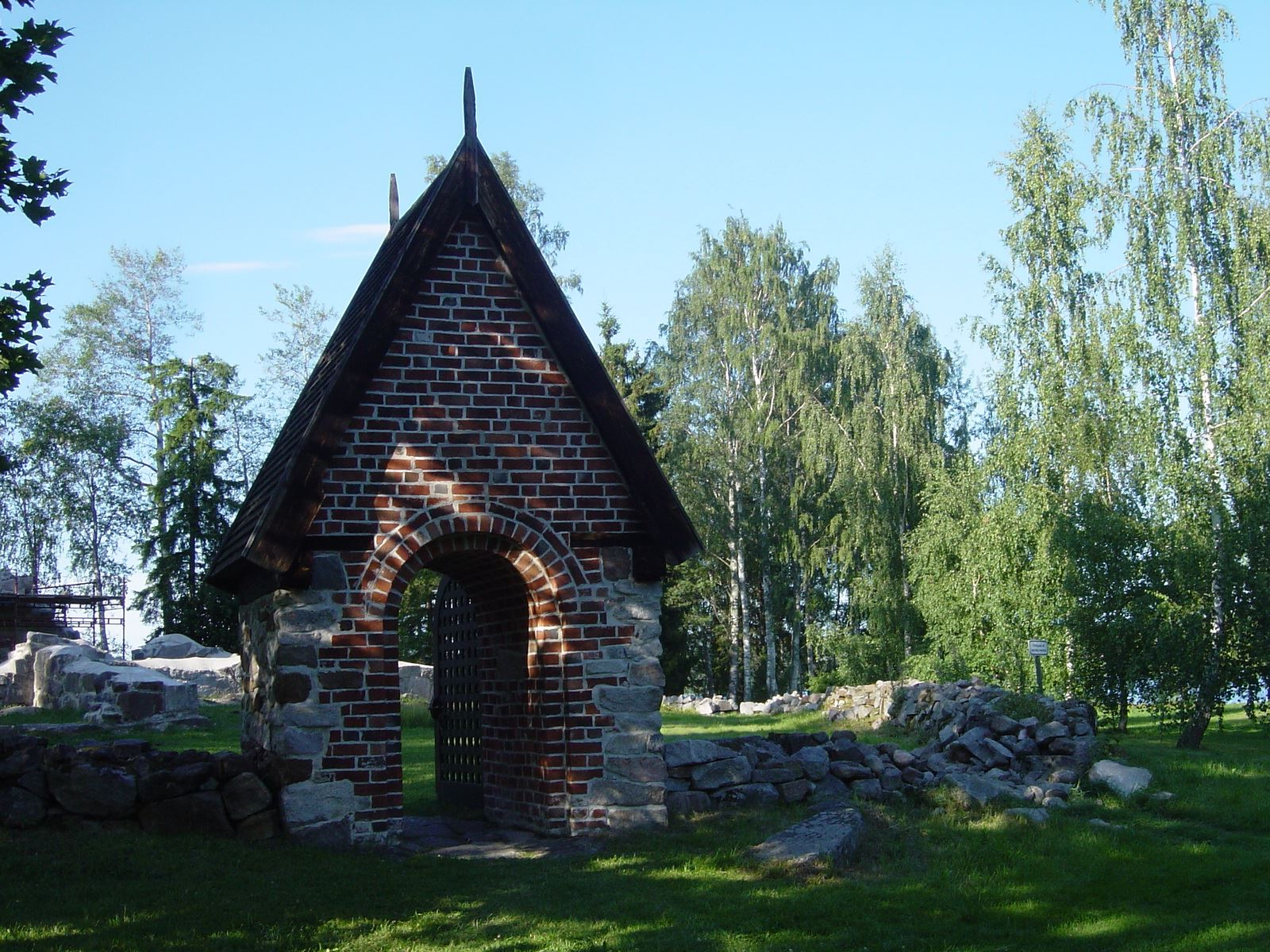 Kyrkan i Skog