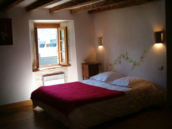 HPCH53 - Chambres d'hôtes au cœur d'un charmant village