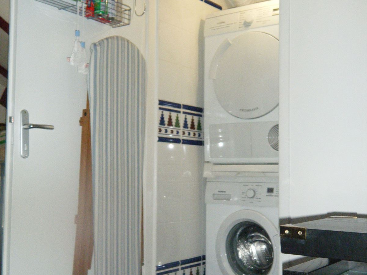Appartement T1 Xuri DELBOS ***