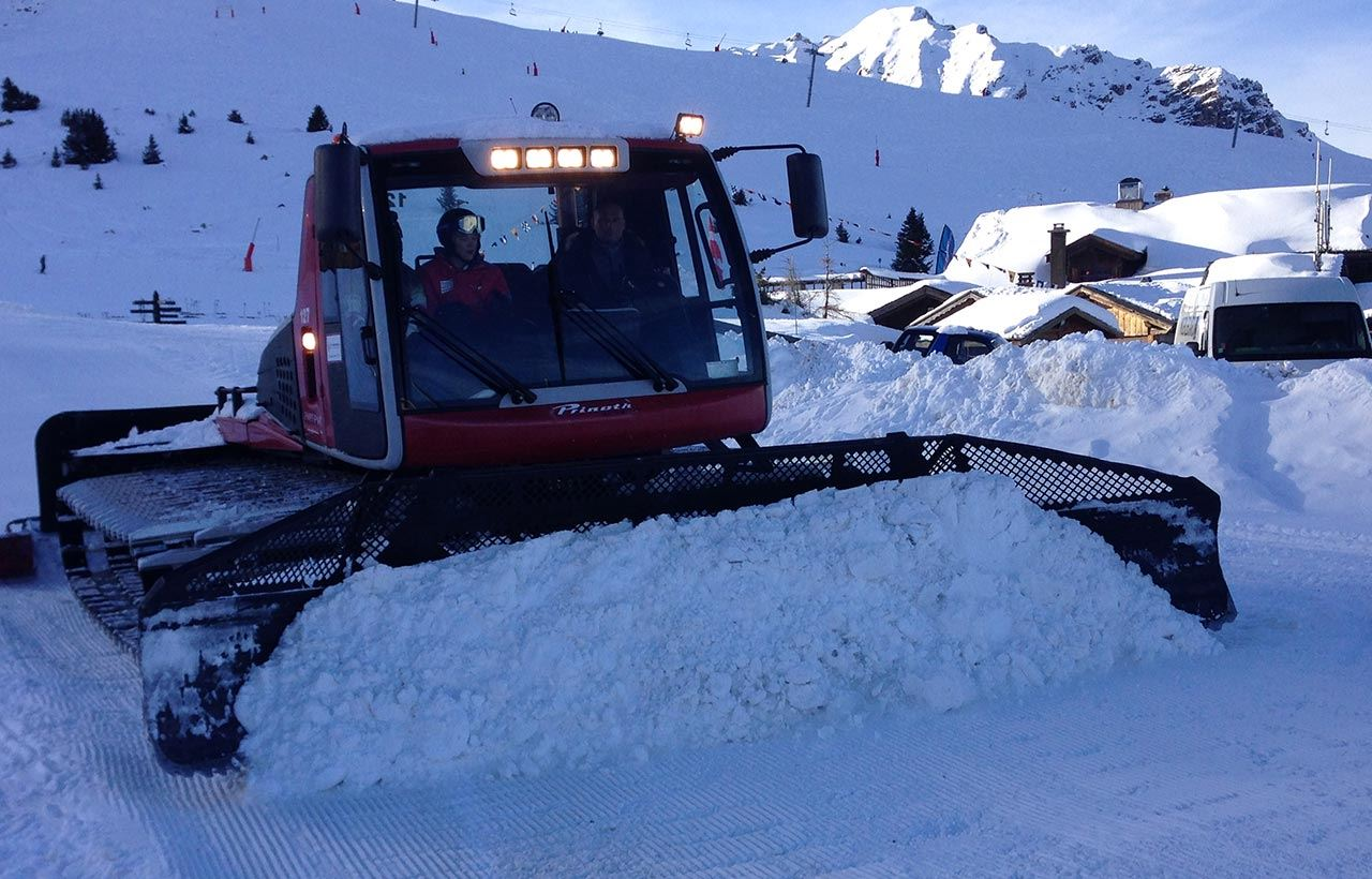 COURCHEVEL AVENTURE: Monster Groomer (1 to 2 persons)