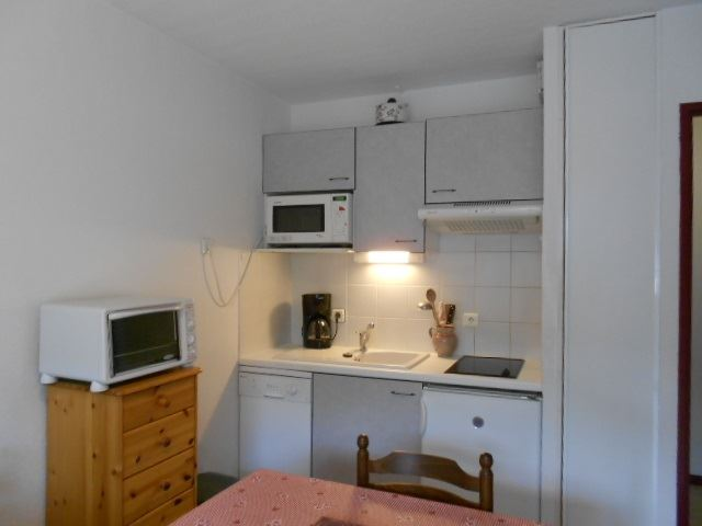ONDINES AP4/OND10C - APPARTEMENT 4 PERS.  rooms  people