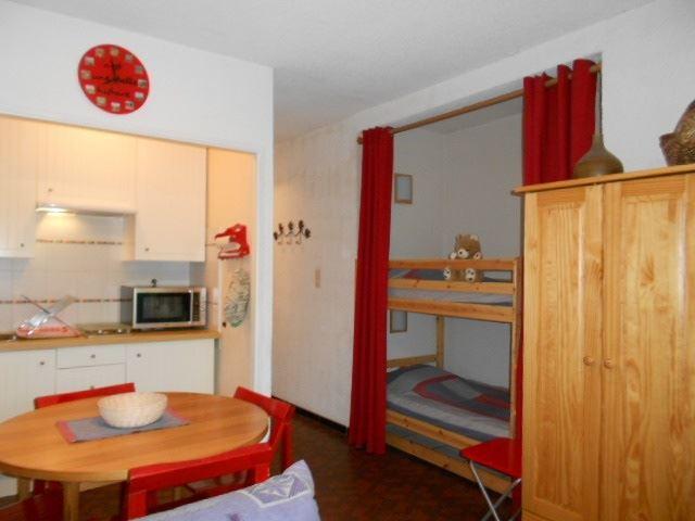 Grand Pré ST/GP A14 - STUDIO  room  people