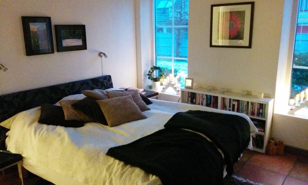 Foto: Ola Fogelberg, Stor lägenhet med trädgård i Viken