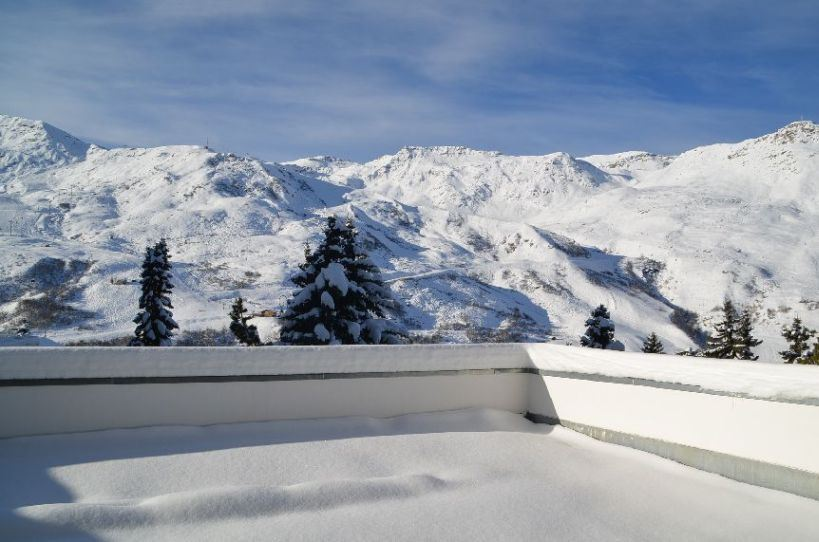 4 Room 8 Pers ski-in ski-out / OISANS 11