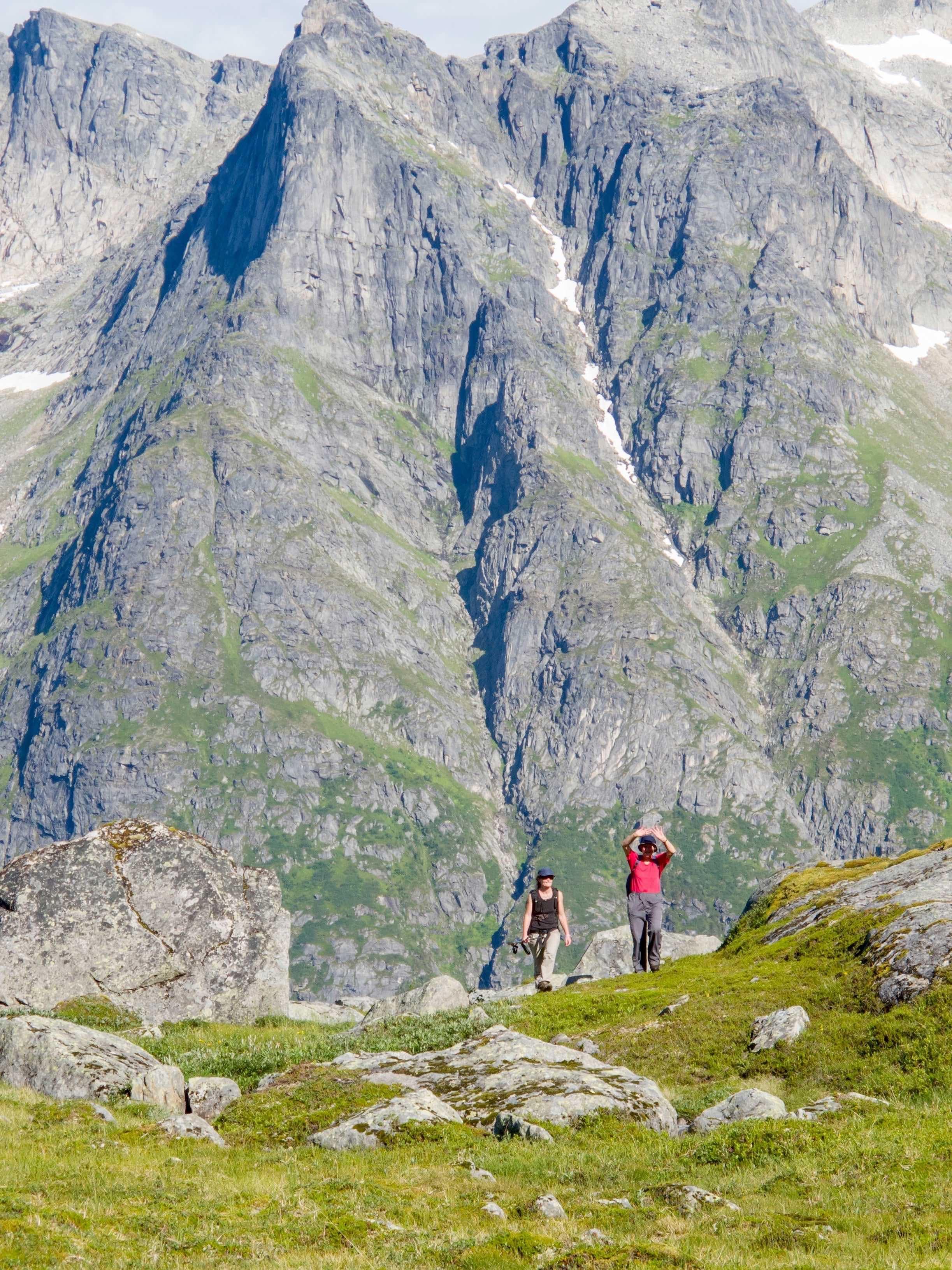 Jean Pierre Gaspard,  © 69 Nord Sommarøy outdoor Center, Seks-dagers tur med Seilkajakk og vandring utenfor allfarvei – 69 Nord Sommarøy Outdoor Center