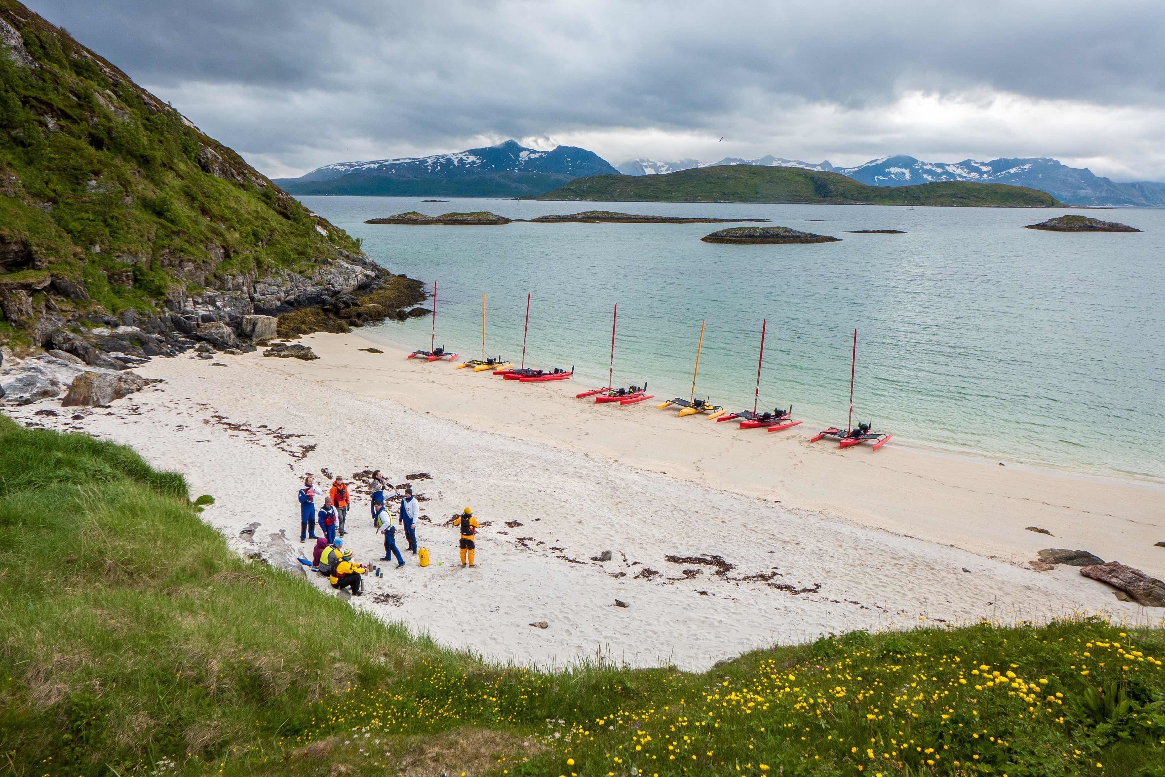 David Gonzales,  © 69 Nord Outdoor Center, Week-end and short stay trip by sailing kayak off the beaten path – 69 Nord Sommarøy Outdoor Center