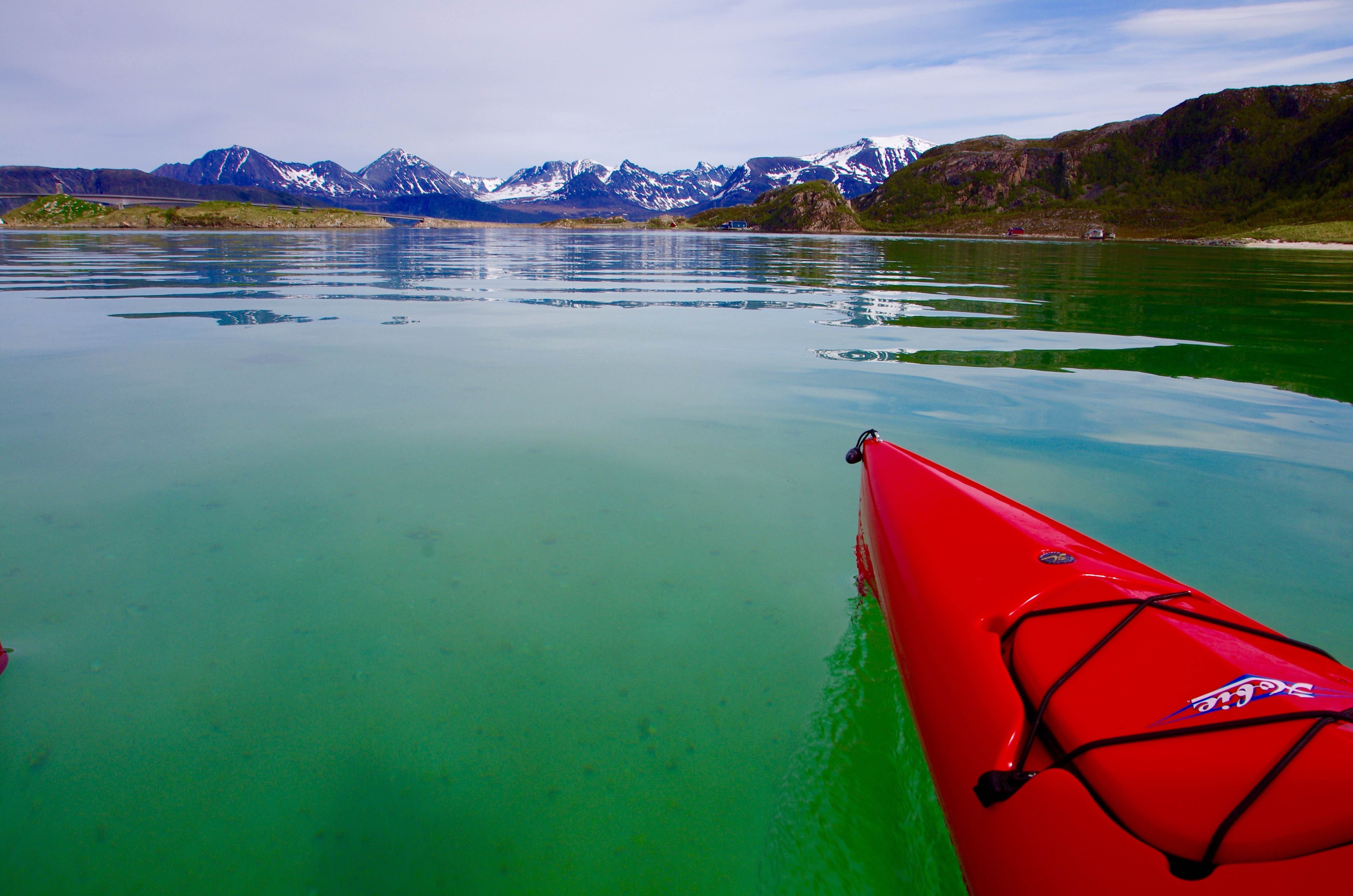 Laurence Fremion,  © 69 Nord Outdoor Center, Week-end and short stay trip by sailing kayak off the beaten path – 69 Nord Sommarøy Outdoor Center