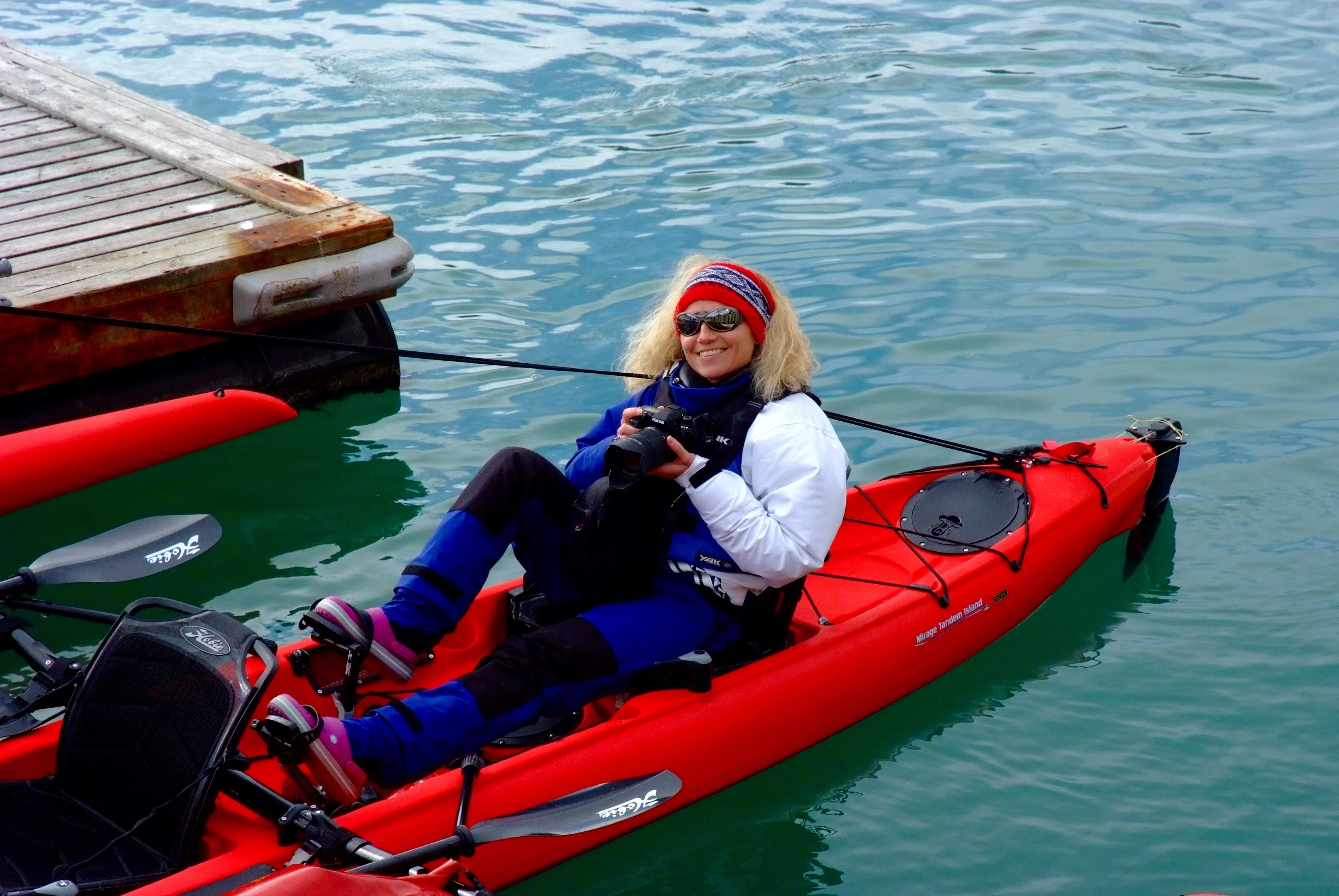 Isabelle Berger,  © 69 Nord Sommarøy Outdoor Center, Dagstur med Seilkajakk utenfor allfarvei – 69 Nord Sommarøy Outdoor Center