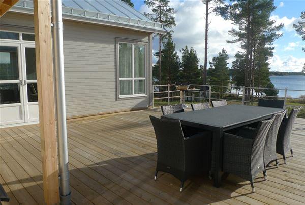 Marbyfjärdens stugby, Villa Strandpärlan