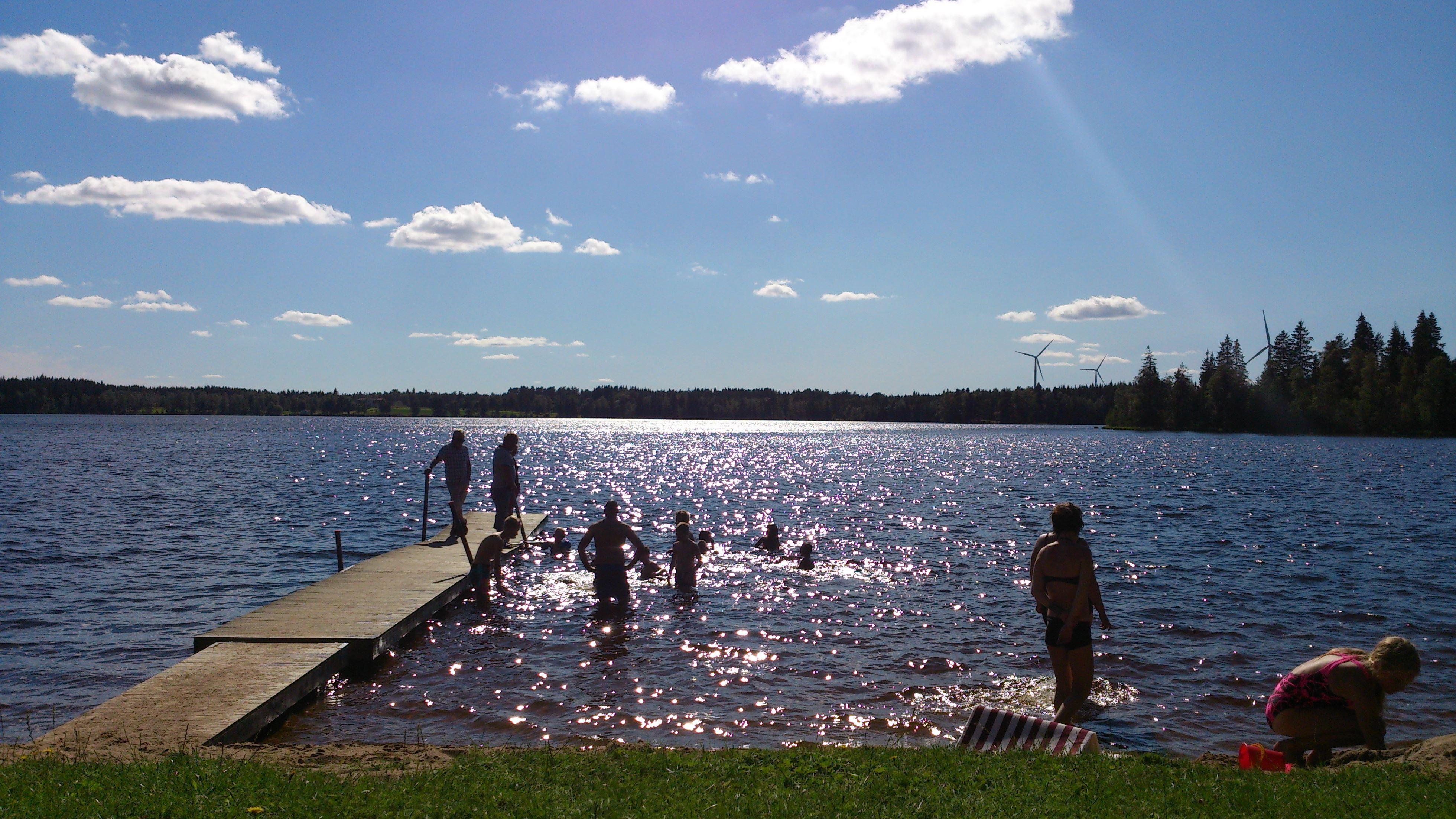 Fredriksdals badplats, Fredriksdalssjön