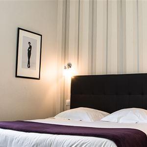© Hôtel Mirabeau, HOTEL MIRABEAU