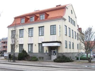 Håkan Hideström, Stadskällarens Hotel & SVIF Hostel