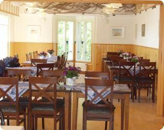 Hotell och Restaurang Gullvivan