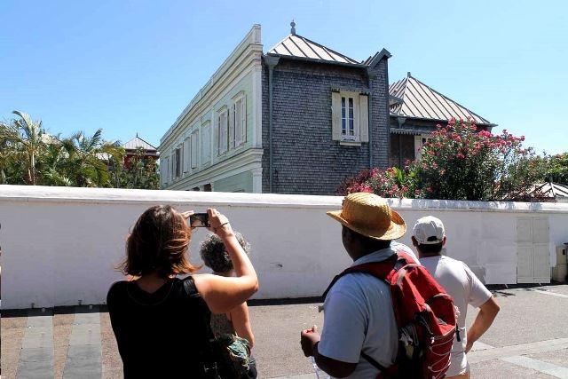 Les villas créoles de St-Denis: les grandes demeures du pouvoir.