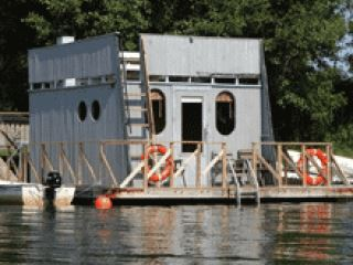 Floating sauna, Långvikens stugor