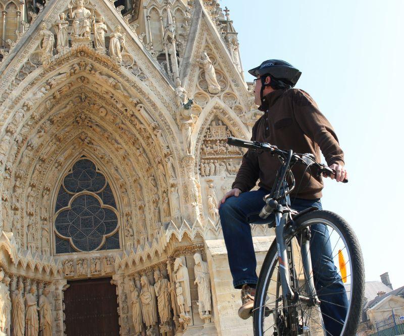 Reims à vélo - visite bilingue français/anglais