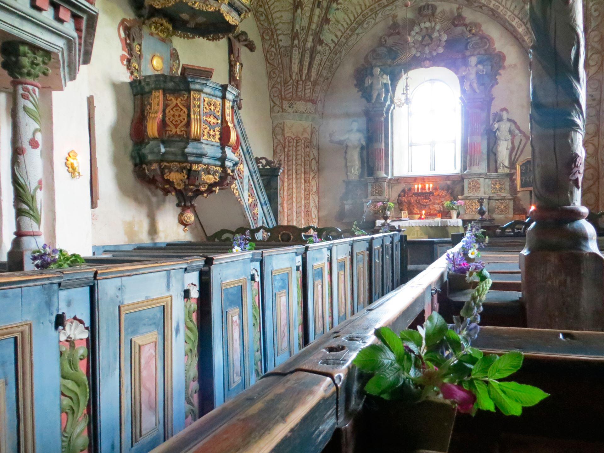 © Ådalsbygdens pastorat, Inne i Ytterlännäs gamla kyrka