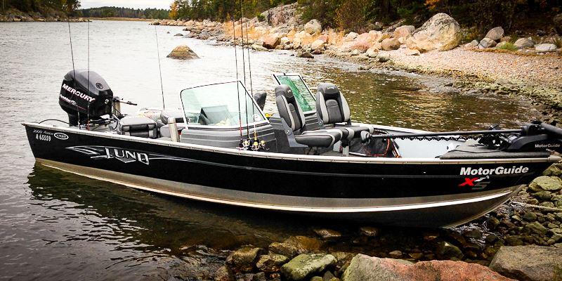 Haukikoira - Kalastuspalvelut (Haukikoira - Fishing services)