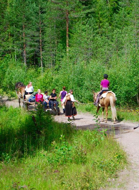 Eko-äventyr och yoga i Dala-Floda - Dalarnas Lustgård