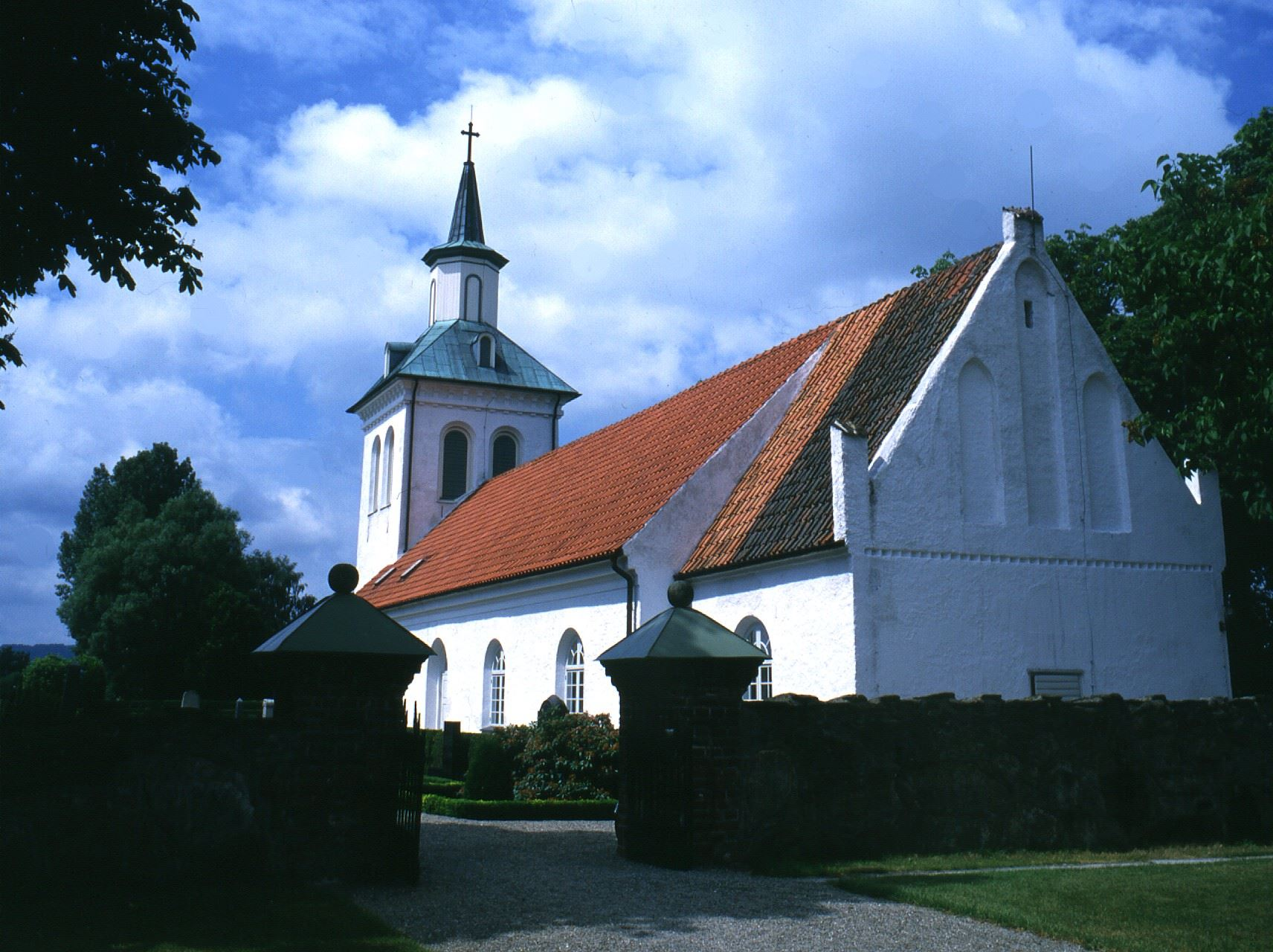 Ysane Church