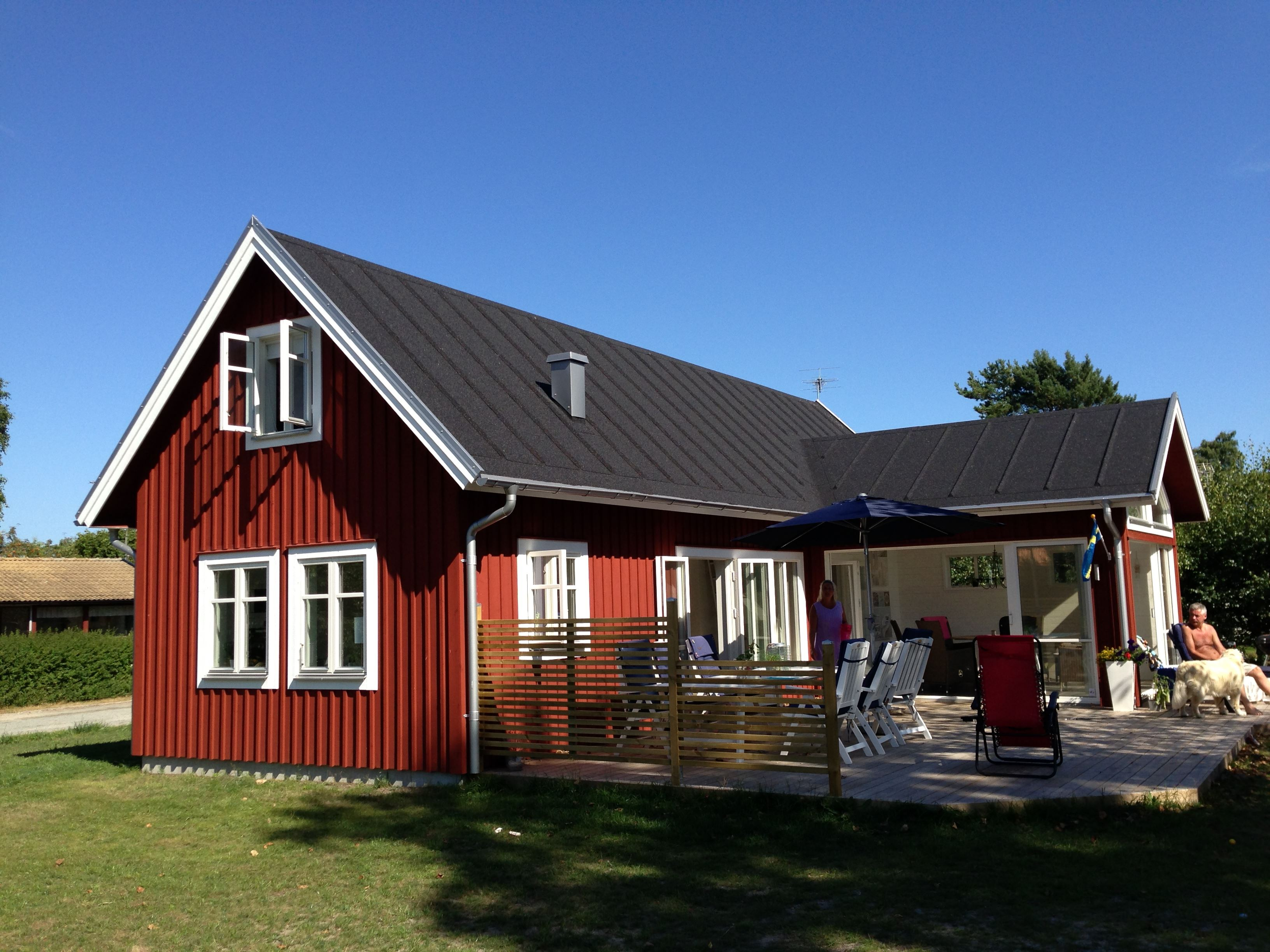 Cottage with 4+2 beds - Hällevik