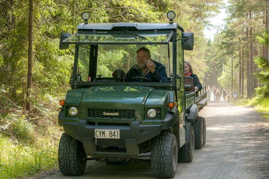 Traktor och vagntransport