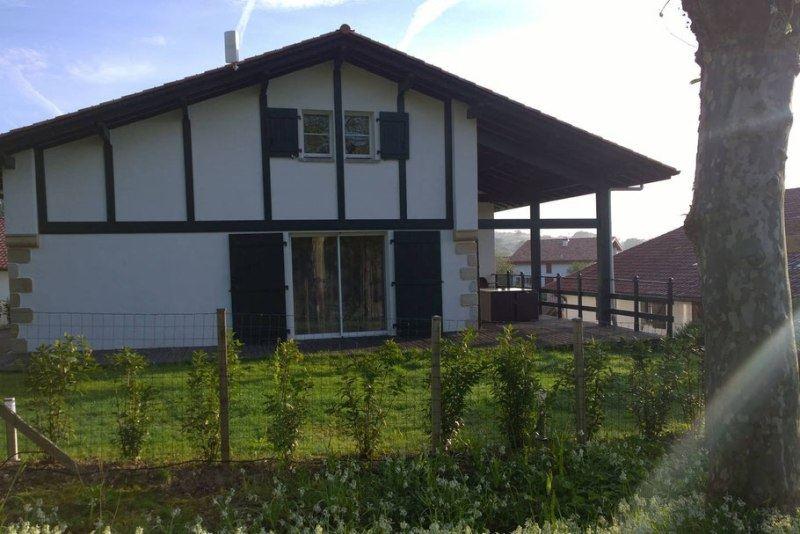 Meublé Maison T6 Aice Egoa