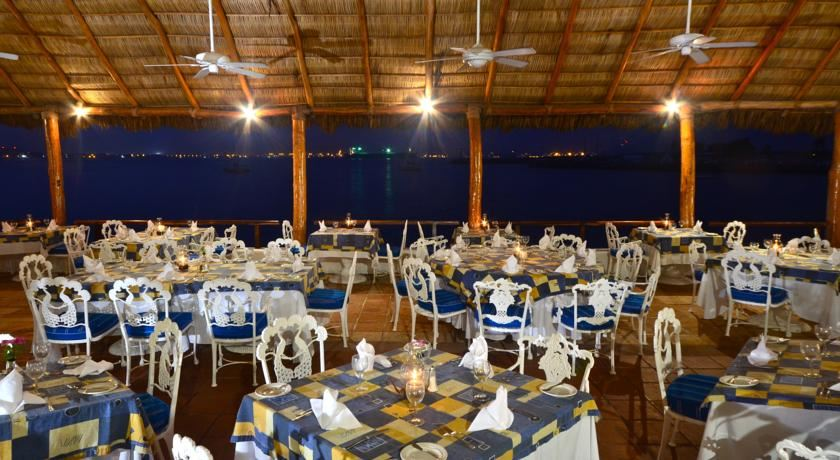 Las Hadas Golf Resort   Marina