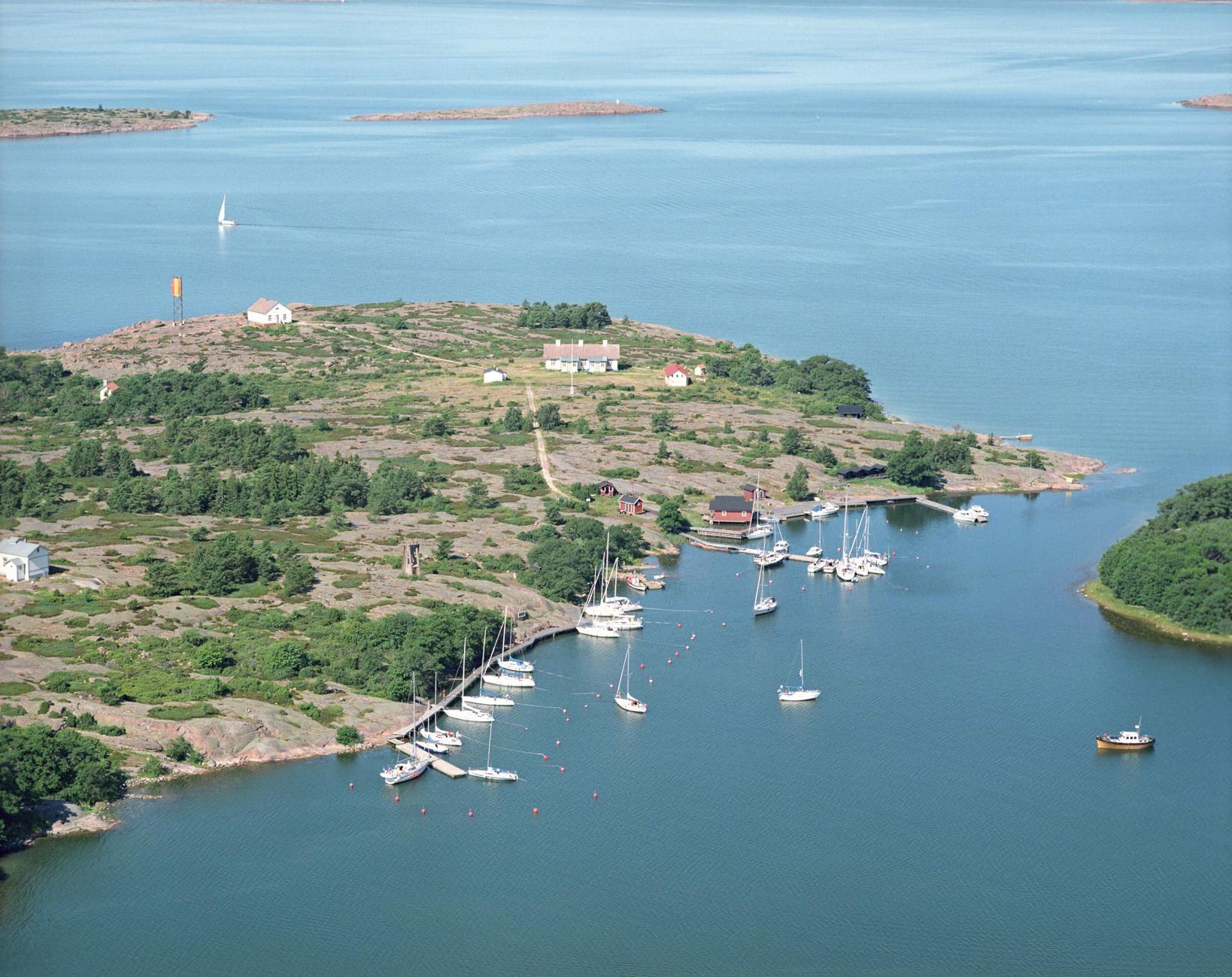 Båtutflykt till Rödhamn utanför Mariehamn