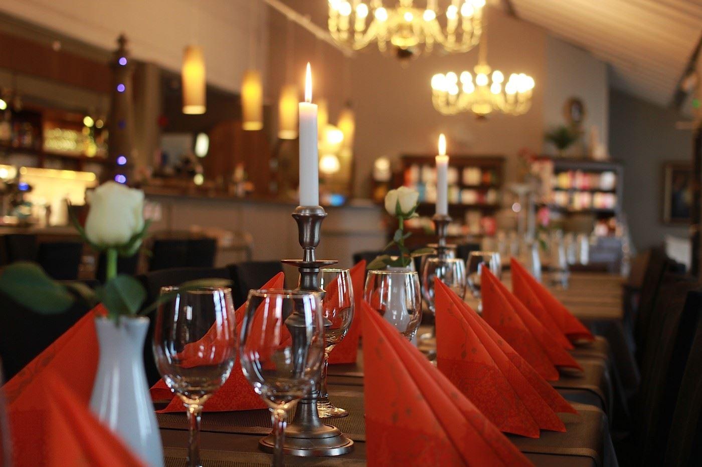 Linnahotellin ravintola