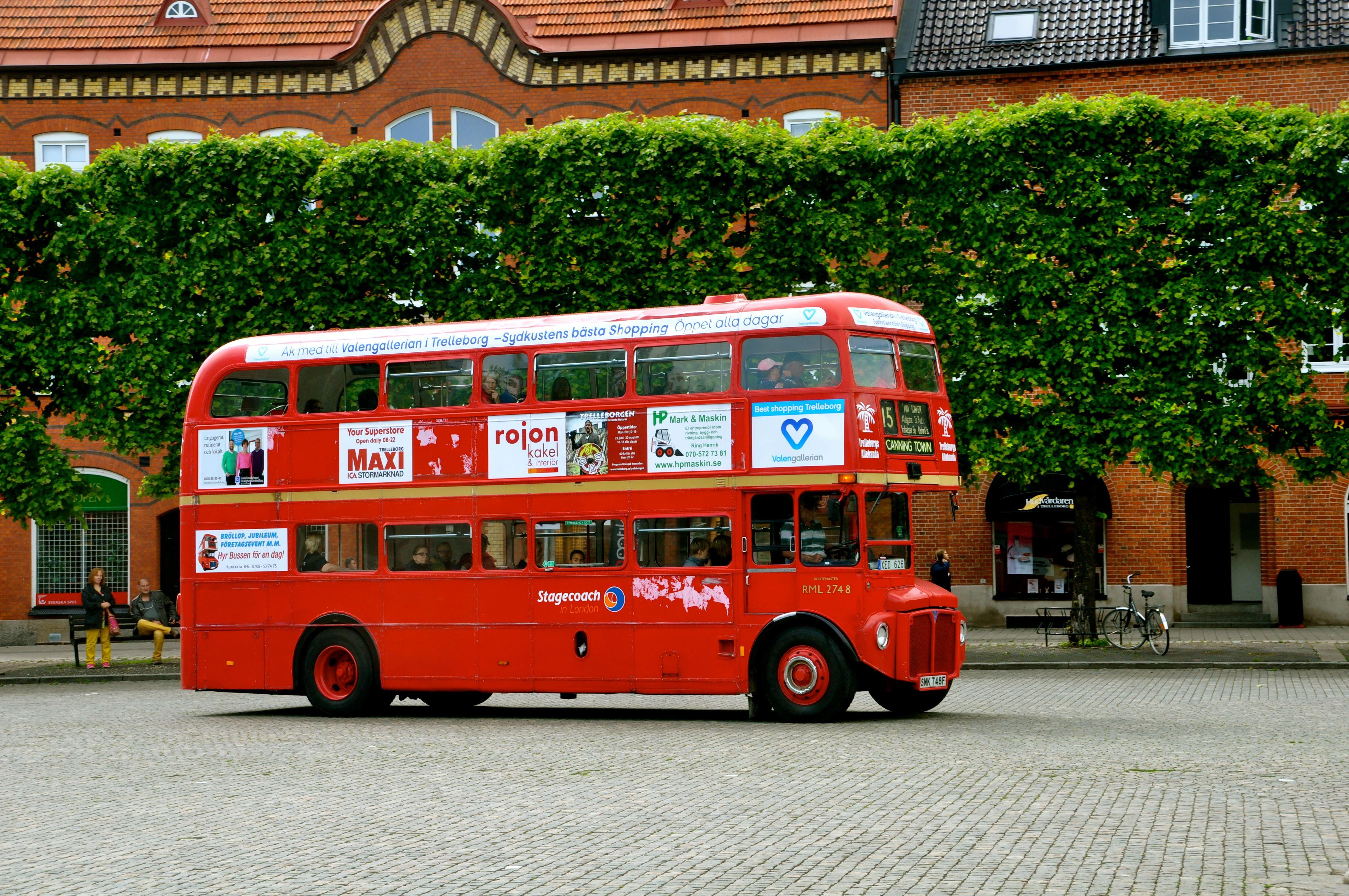"""Lotta Hansson Hällåkra, """"The Magic Winery bus""""  to Hällåkra Vinyard"""