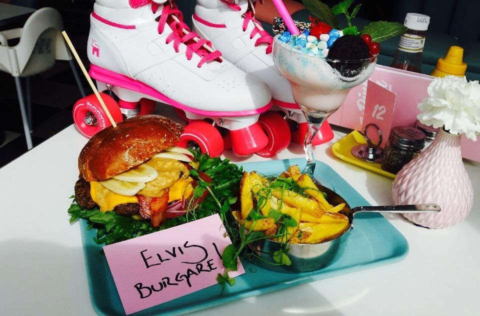 Pink Ladies Hamburgermeny för 2