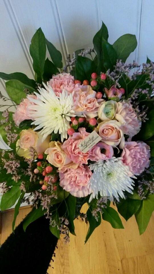 Ljuvligt -blommor & interiör