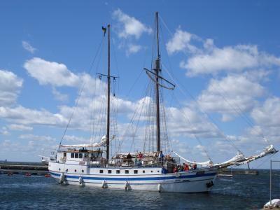 Shaloms Missionsbåt besöker Oknö och Mönsterås hamn