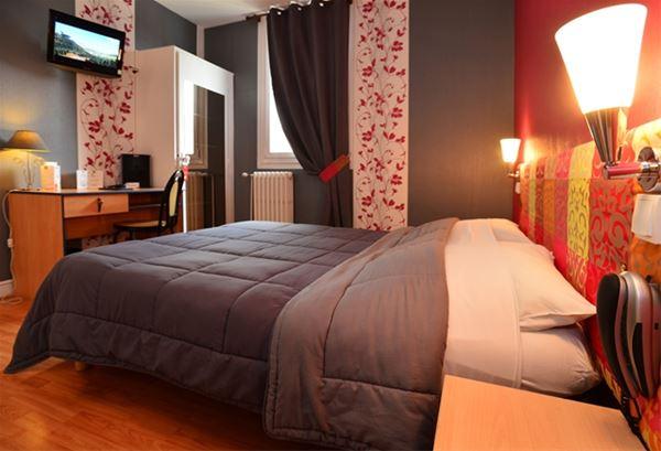 HPH96 - Hôtel dans le centre ville de Tarbes
