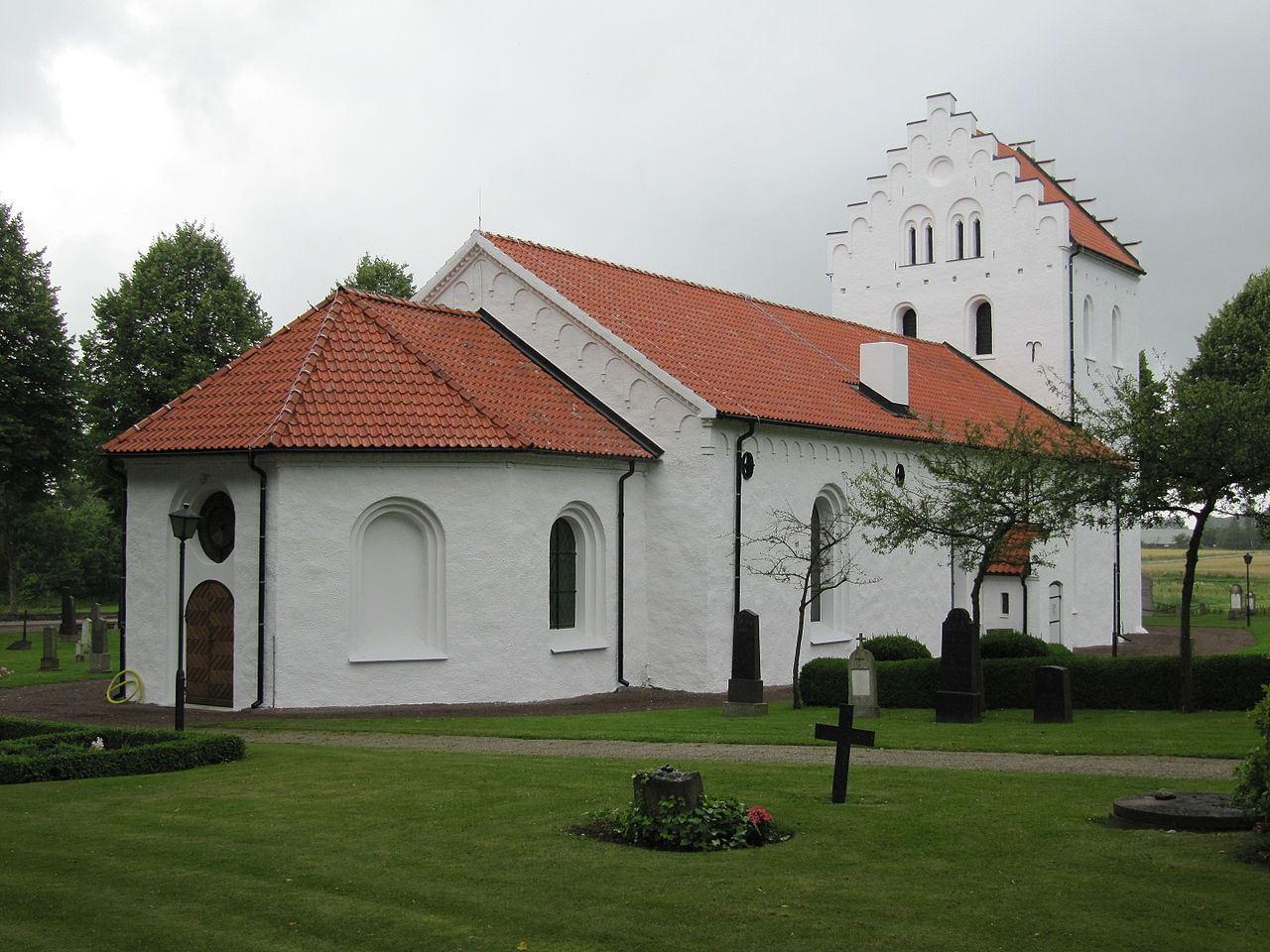 Ausås kyrka