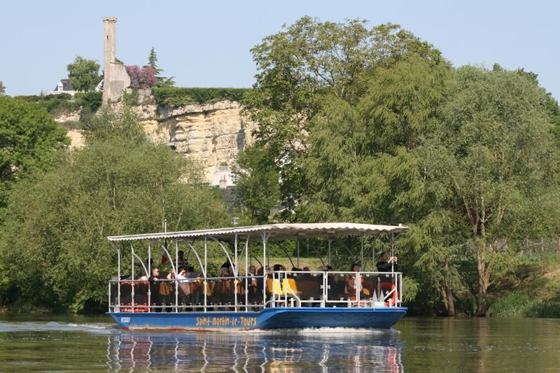 Boat trip on the Loire river