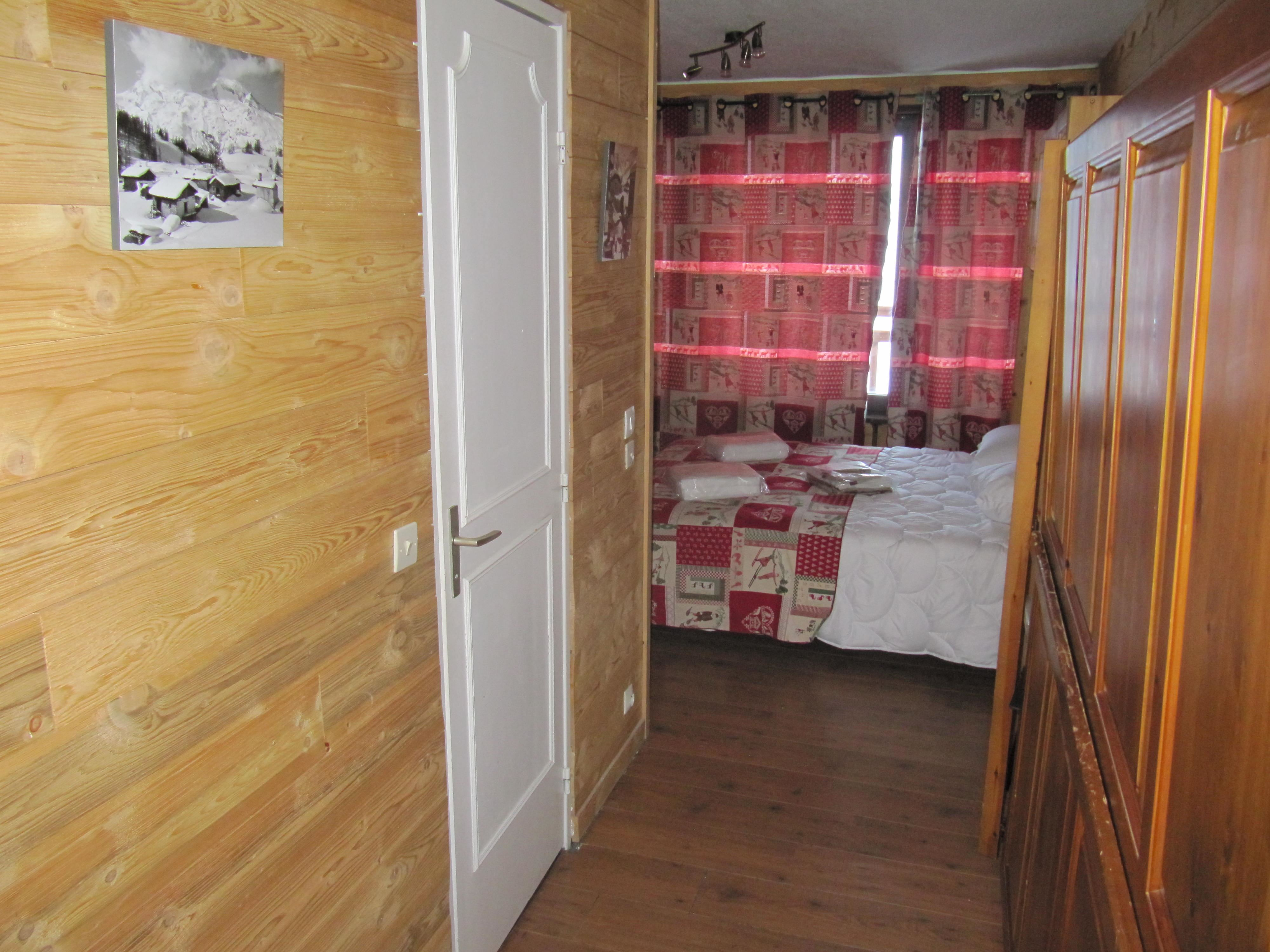 Roc de Péclet A17 > 5 rooms - 10 persons - 3 Silver Snowflakes