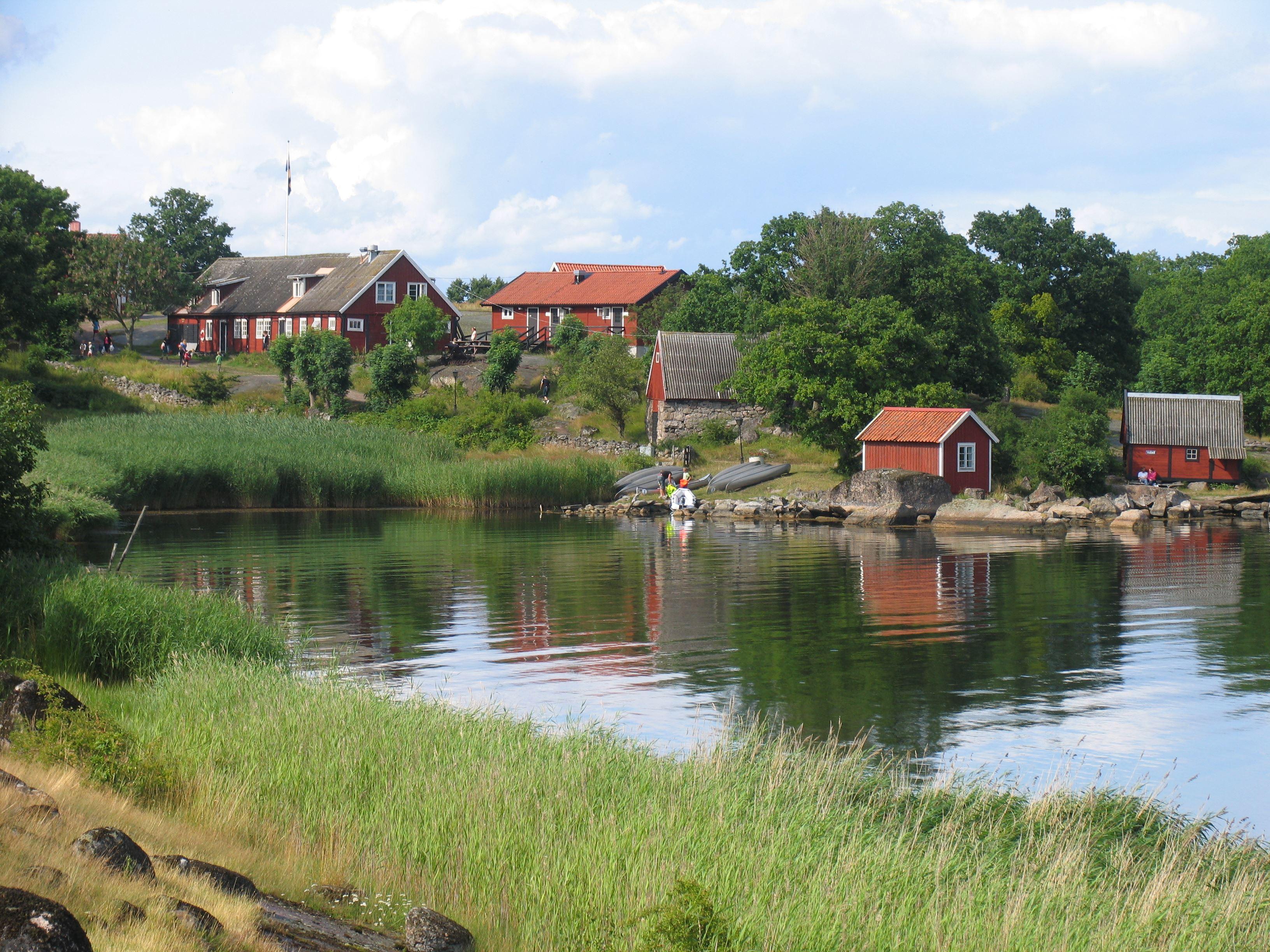 Tjärö Cottages & Youth Hostel
